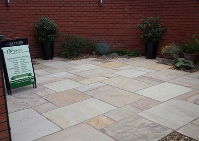 Patio area featuring indian stone.