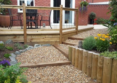 The finished garden showing patio, path and raised deck.